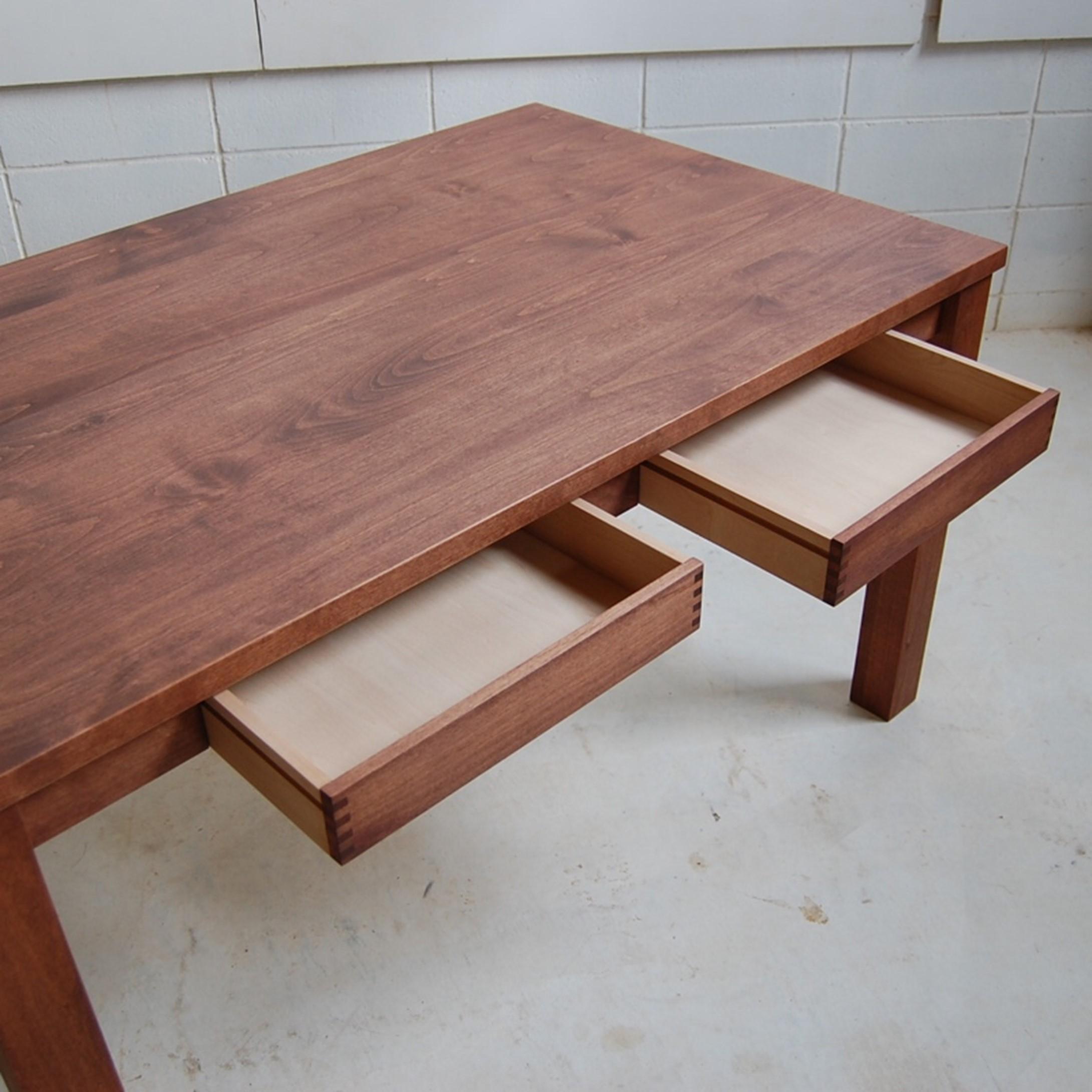引き出し4杯付きダイニングテーブル
