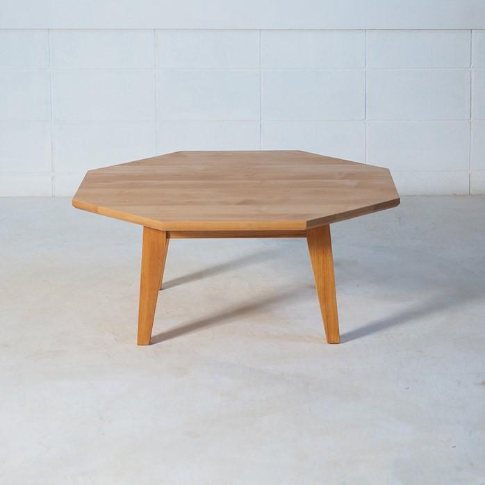 八角形のローテーブル