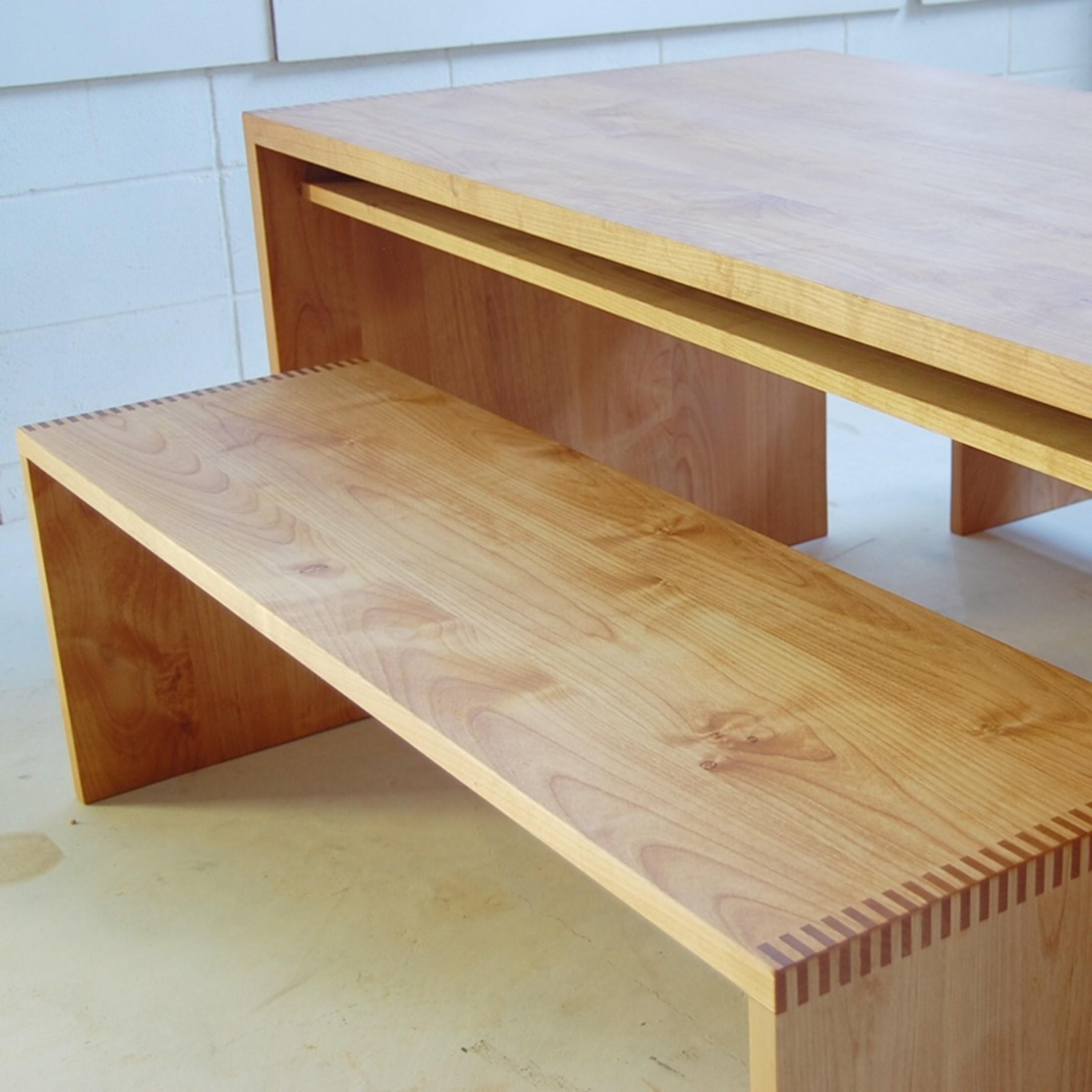 シンプルの極み!パネルテーブルとパネルベンチ