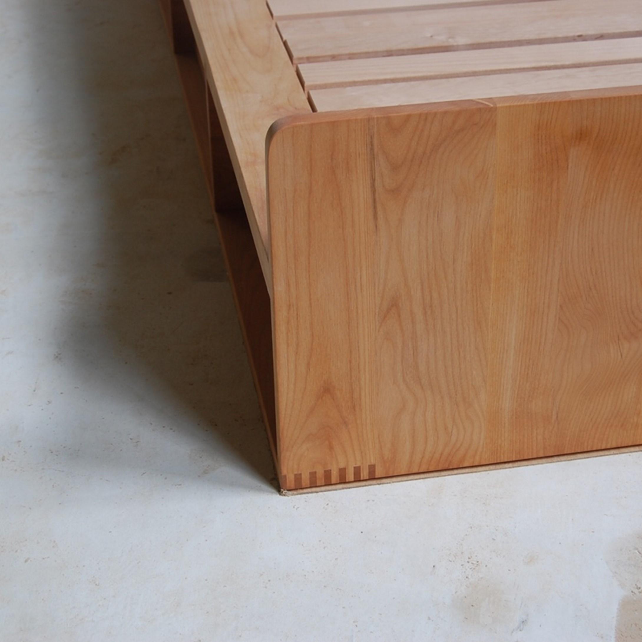 収納一体型のフルオーダーベッド