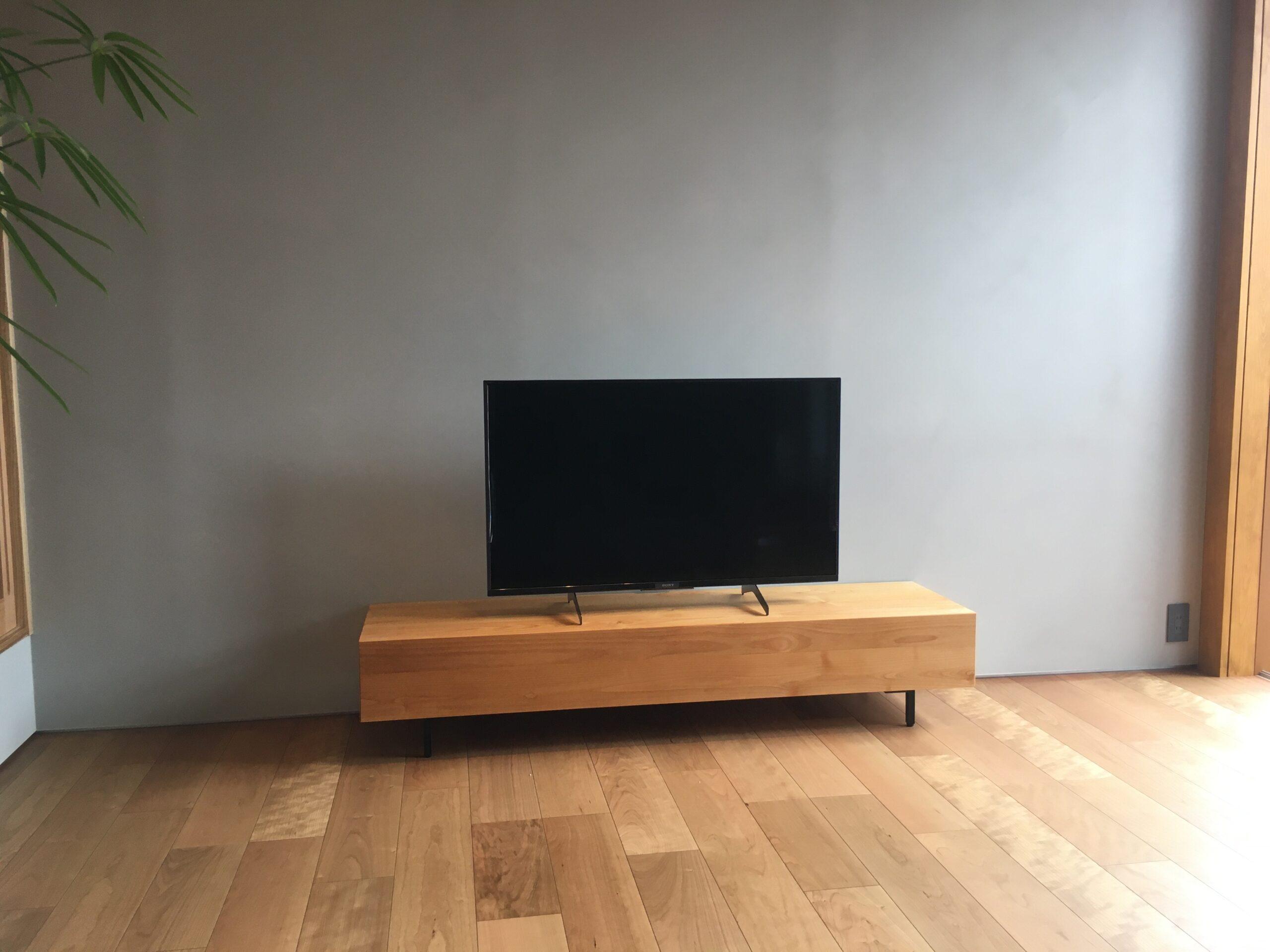 テレビボードに見えないテレビボード