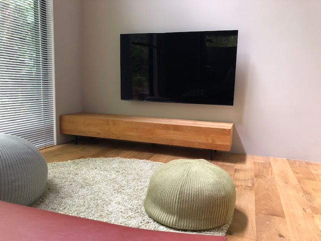 さわやかなHAKOテレビボード