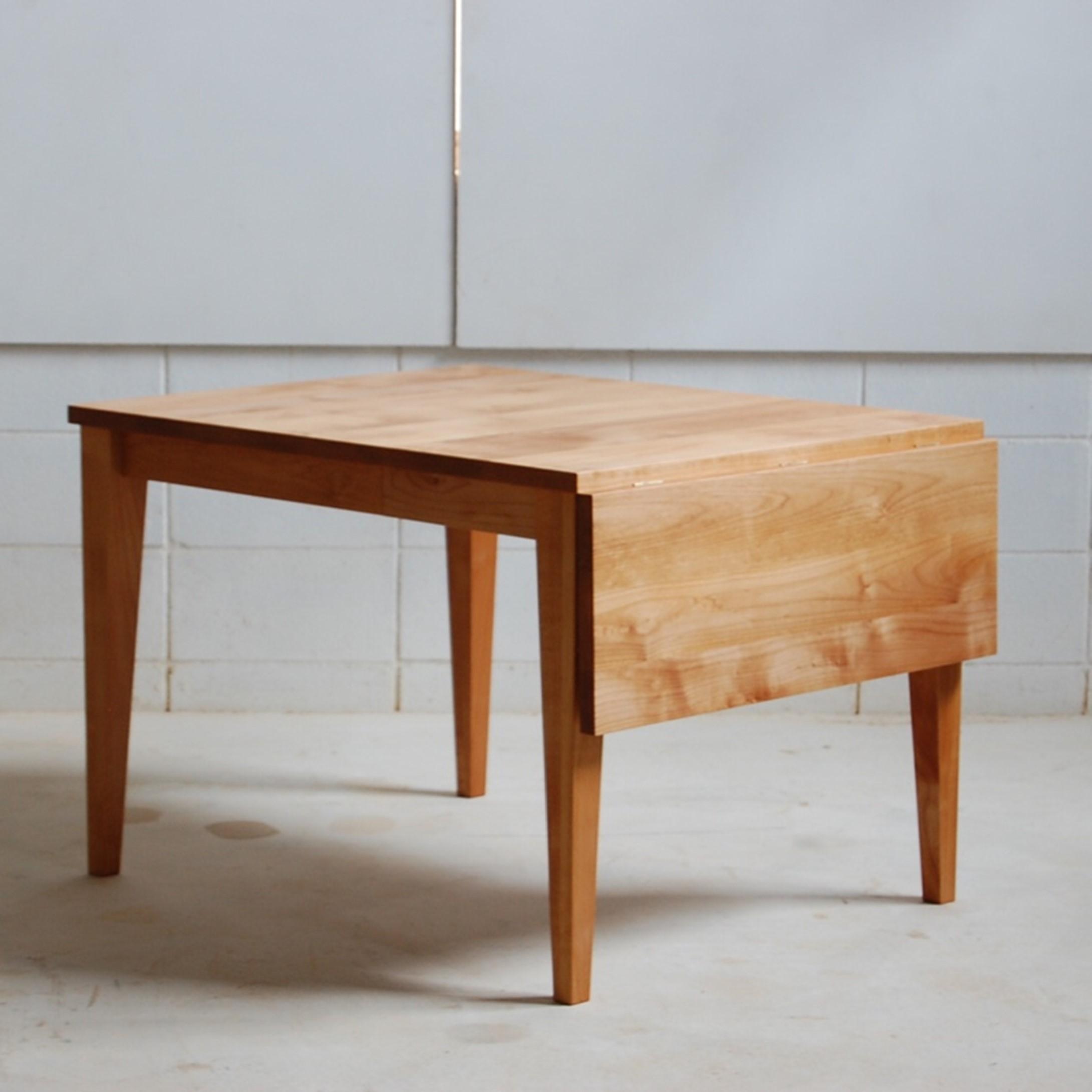 バタフライ伸長式テーブル