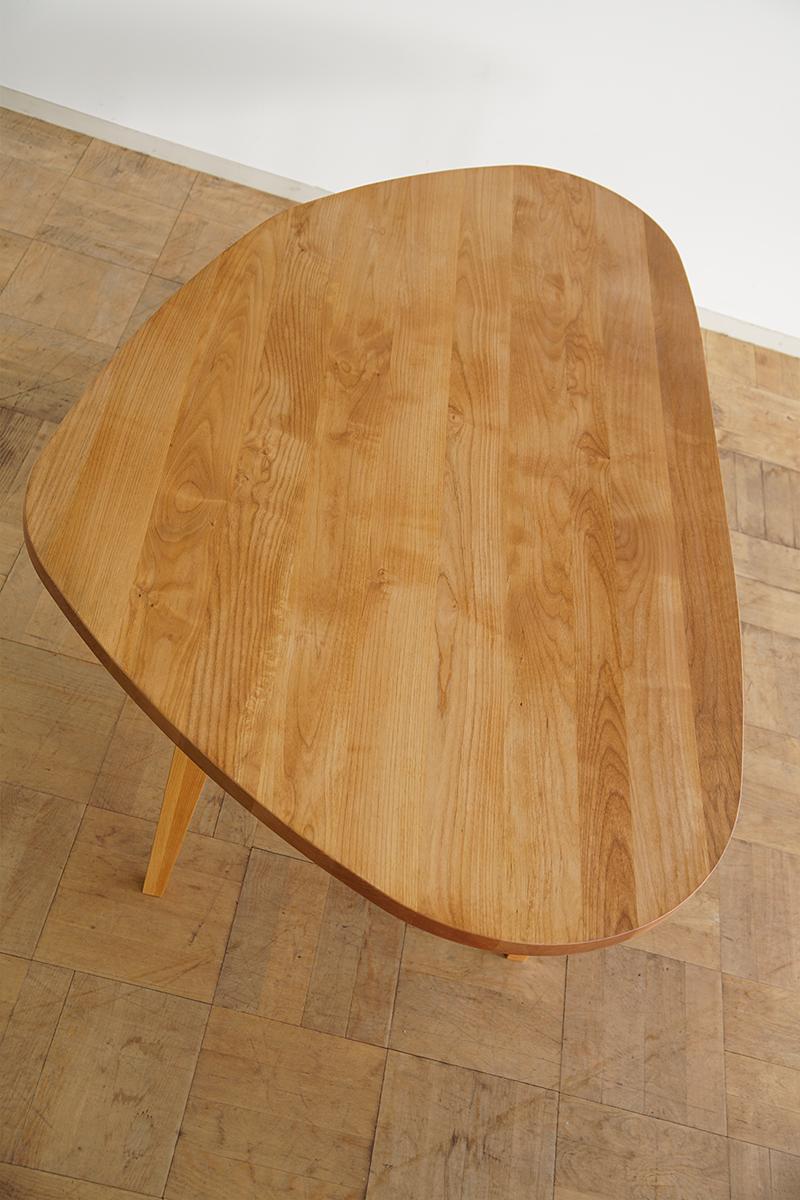 変形天板ダイニングテーブル