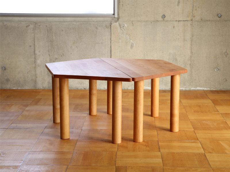 六角形のテーブル