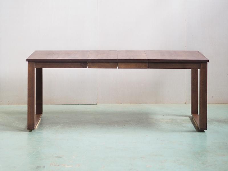 3段階伸長式テーブル